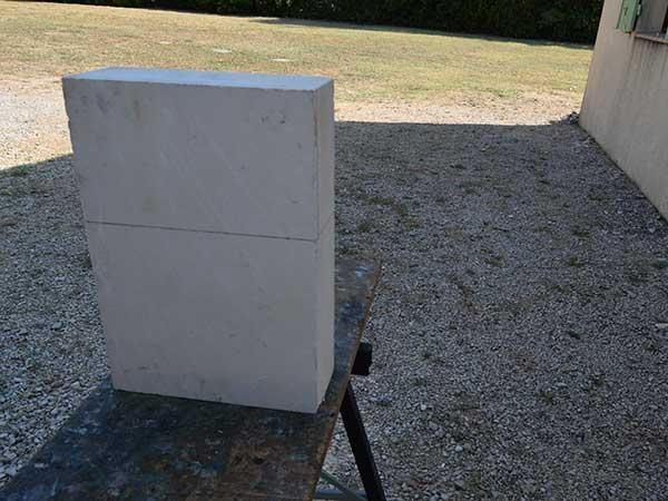 bloc de pierre brut