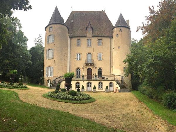 château model vue de façade