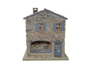 maison avec toiture invisible par dessous