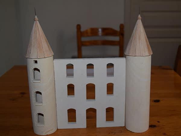 une façade avec les deux tours