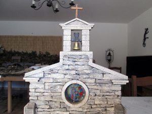 cloche et vitraux chapelle