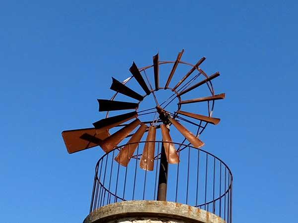 éolienne de pompage a Carpentras