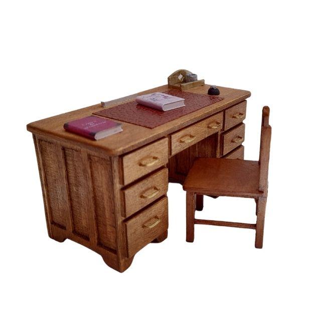 bureau professeur en bois