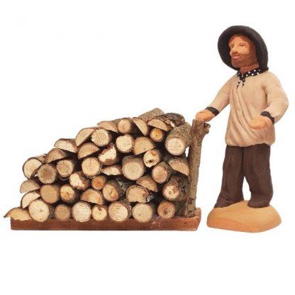 tas de bois avec santons